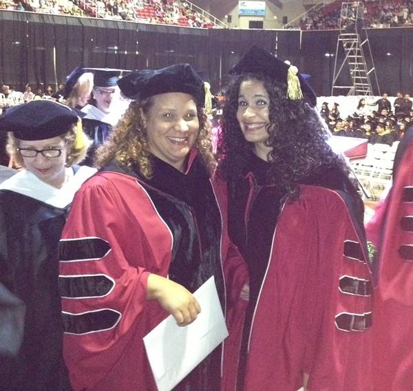 Carmen J. González y Lourdes M. Torres